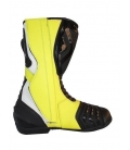 Boots on road fluor